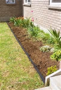 Landscape Edging Using Wood Diy Pallet Garden Bed Edging 99 Pallets