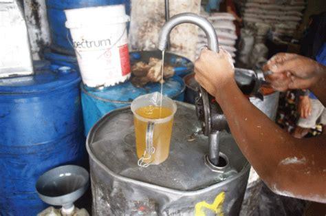 Minyak Goreng Curah Di Medan harga minyak goreng turun harian medanbisnis