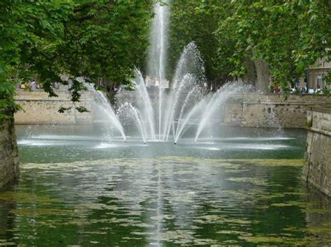 Fontaine D Eau De Jardin by Panoramio Photo Of N 238 Mes Le Jet D Eau Du Jardin De La