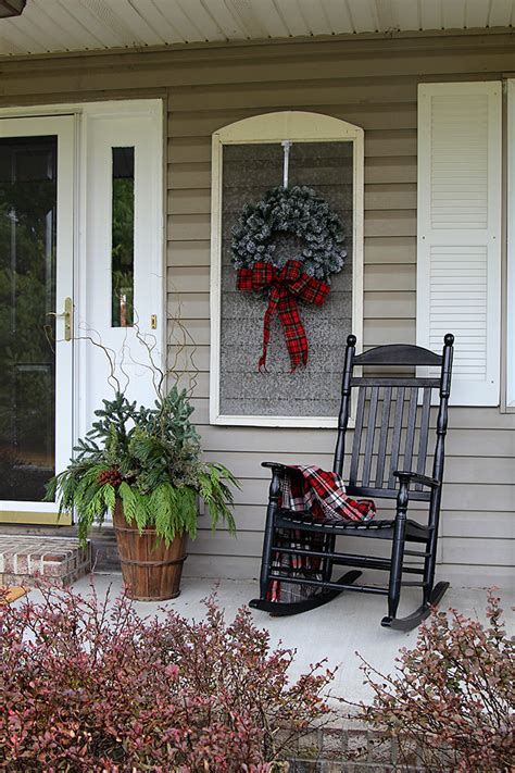 porch christmas decorations christmas porch decorations house of hawthornes