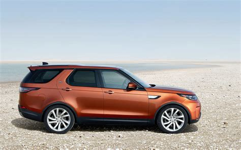 land rover discovery hse 2017 comparison land rover discovery 5 hse 2017 vs ford