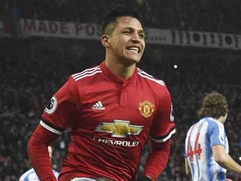 alexis sanchez won chions league premier league alexis sanchez breaks duck as manchester