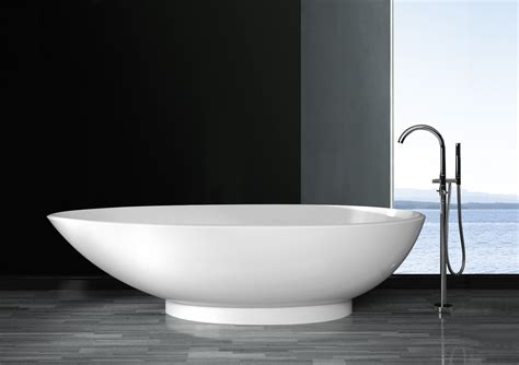 contemporary bathtubs forenza luxury modern bathtub 70 5 quot