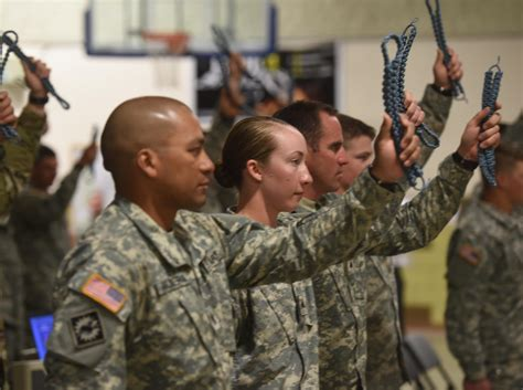 Us Army Finder Nco Graduate Of U S Army Infantry Qualifying Course Joins