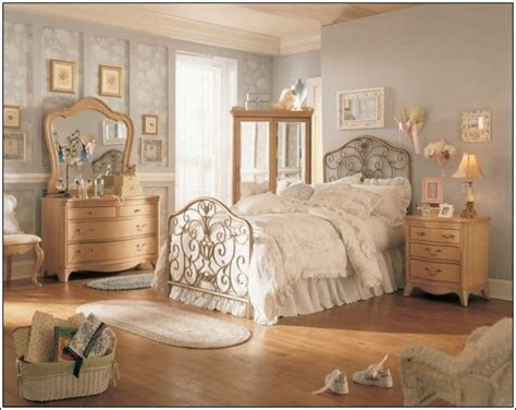 vintage chic bedroom vintage style bedroom decor