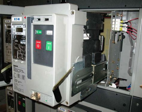 circuit breaker and indications explained