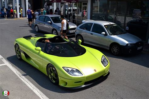 Pics For Gt Koenigsegg Agera R Lime Green