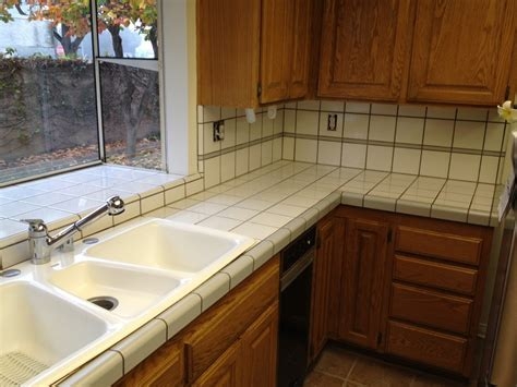 Have The Ceramic Tile Kitchen Countertops For Your Home Ceramic Tile Kitchen Countertops