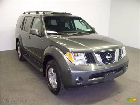 grey nissan pathfinder 2006 grey metallic nissan pathfinder se 4x4