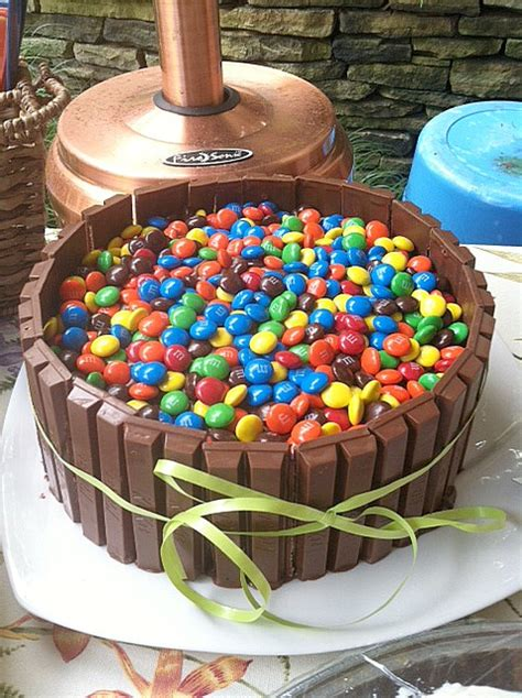 kit kat cake i was born to cook