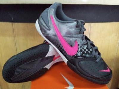 Sepatu Futsal Anak Nike Elastiko sejarah sepatu sedunia sepatu futsal anak dan sepatu bola anak