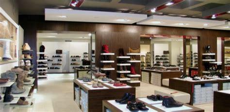 come arredare un negozio di scarpe aprire un negozio di scarpe bianco lavoro magazine