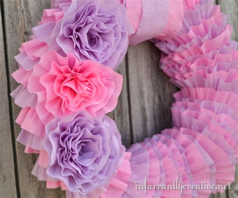 How To Make A Tissue Paper Wreath - diy tissue paper wreath