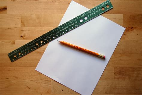 How To Make A Paper Ruler - miss sews it all quilted scissors holder tutorial
