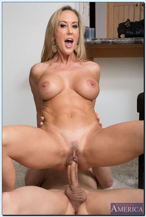brandi love sexy milf gets drilled in the kitchen picture 12