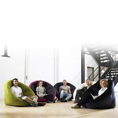 futon fauteuil nest fauteuil futon convertible pour adultes nordic design