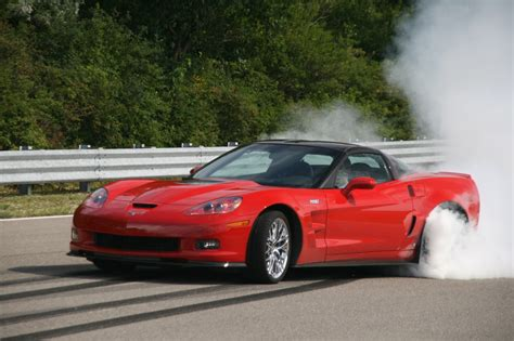 corvette burnout bad jan magnusson is da king corvette zr 1 knocks four