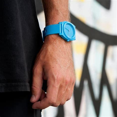 Nixon Time Teller Bright Blue bright blue time teller p 187 petagadget