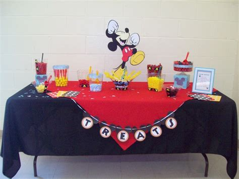 mickey mouse table mickey mouse themed table ideas mice table and
