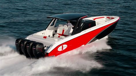 cigarette boat racing youtube cigarette racing team 41 gtr carbon edition running
