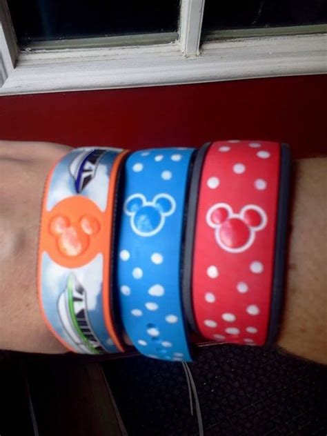 Decorating Magic Bands by Pictures The Picture And Magic Bands On