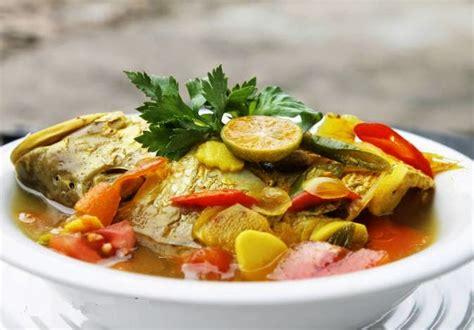 makanan khas maluku  terkenal mangan enak