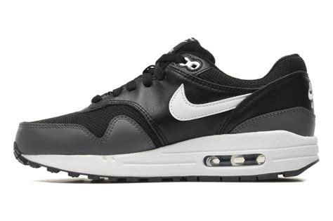 Nike Airmax 1 Batik nike nike air max 1 gs trainers in black at sarenza co