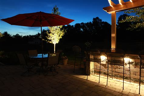 Landscape Lighting Contractor Baron Landscaping 187 Outdoor Lighting Contractor Cleveland Landscaping Landscape Contractors