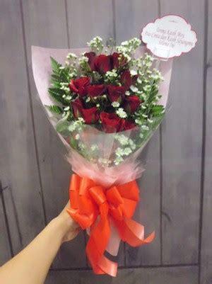 Bunga Wisuda Buket Bunga toko bunga citra florist 081938002028 buket bunga segar untuk acara wisuda