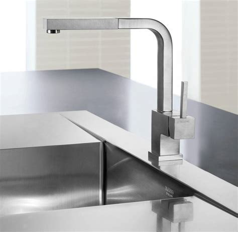 Kitchen Sink Faucet: Indispensable A Modernity   Interior