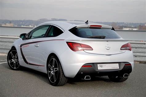 opel astra gtc 2015 опель астра gtc 2015 фото