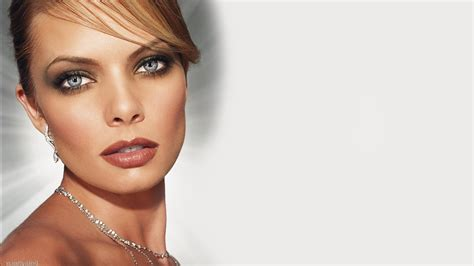 search results for must see celebrity pictures videos and pin joy turner jaime pressly image search results on pinterest