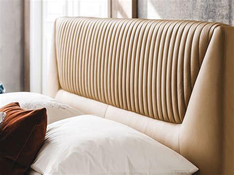 gambe letto letto design con gambe amadeus cattelan a prezzo ribassato