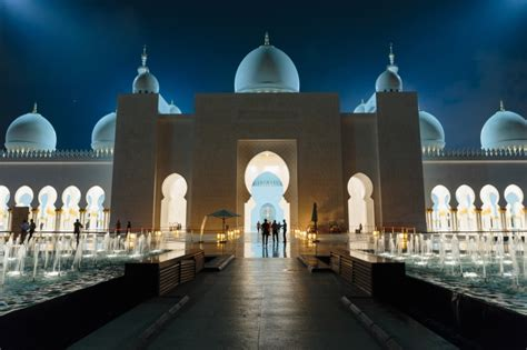 top 10 dubai and abu dhabi eyewitness top 10 travel guide books abu dhabi sehensw 252 rdigkeiten