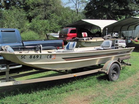 alumacraft boats company alumacraft 15 x 42 quot bass boat 25 hp johnson photo 135036446