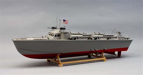 higgins boat launch pt 212 78 higgins patrol torpedo boat kit 1257 scale