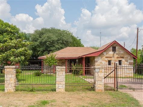 homes for rent in comfort tx rent to own homes in comfort tx