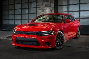 2015 dodge charger srt hellcat front three quarter view 7