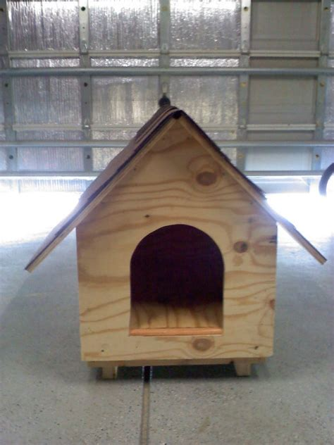 hand built dog houses 26 best images about a pallet dog house on pinterest house plans shipping pallets