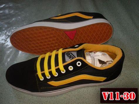Sepatu Vans Yang Murah sepatu vans v11 30 toko sepatu murah