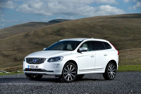 volvo diesel new volvo xc60 2 0 d4 momentum 5dr awd geartronic diesel