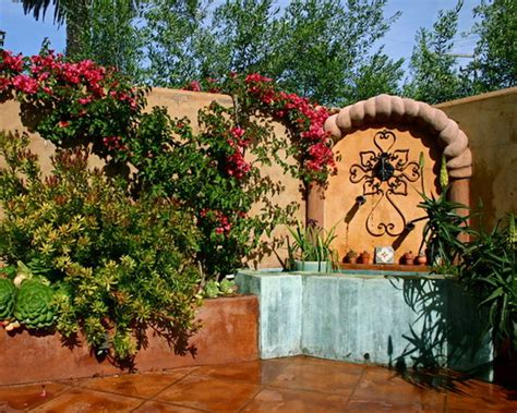 spanish style backyard garden and patio in colonial style outdoortheme com