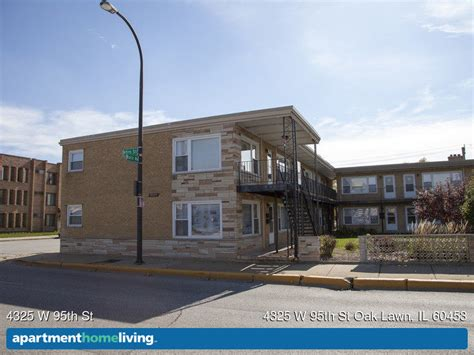 Apartments In Chicago Lawn Area 4325 W 95th St Apartments Oak Lawn Il Apartments For Rent