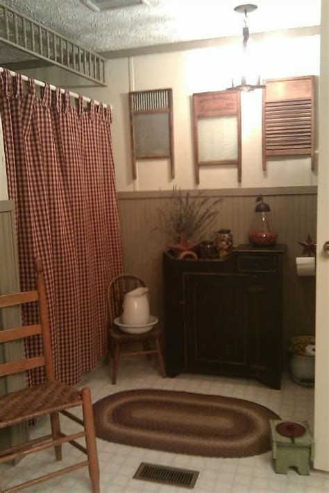 primitive decorating ideas for bathroom 25 best ideas about primitive bathrooms on pinterest