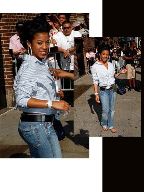 keysha cole in jeans keyshia cole cute and casual at the david letterman show