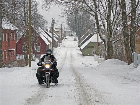 Motorrad Fahren Bei Schnee by Fahren Im Schnee Aufspur