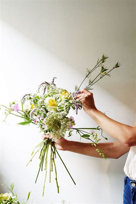 Arranging Wedding Flowers by 112 Best Front Door Wreaths Flowers Images On