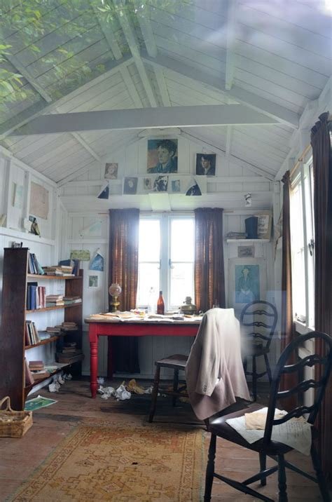 dylan thomas boat house dylan thomas s boat house here is the inside of the poet s hut image flickr com