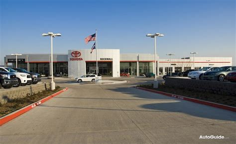largest toyota dealer toyota on track to regain title as s largest
