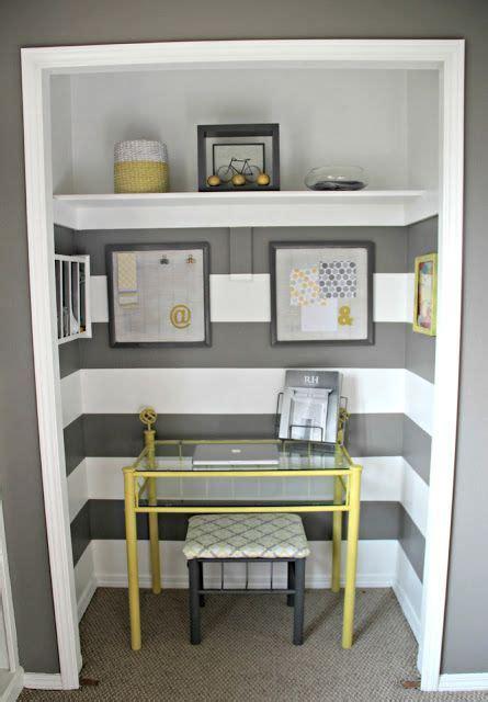 Closet Desk Ideas by 1000 Ideas About Closet Office On Closet Desk